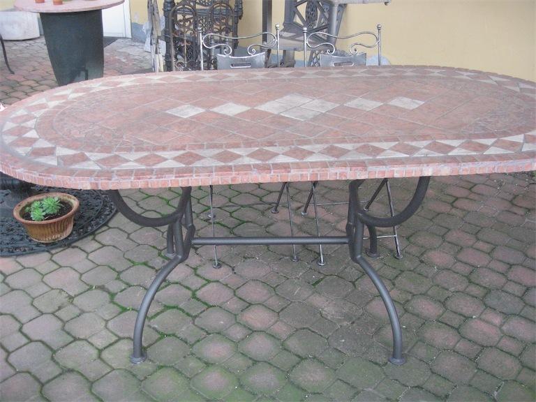 Tavolo mattonelle fonderie lamperti